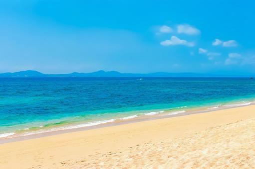 Oodomari Beach (Uruma City)