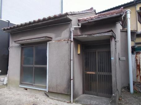 Dim old vacant house