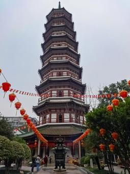 Guangzhou City Six Banyon Temple Flower Tower