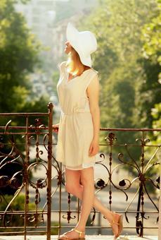 White straw hat woman 27