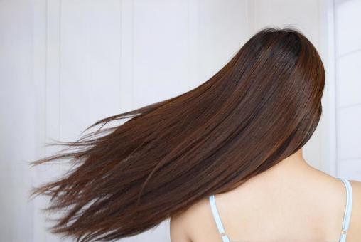 Female long hair fluttering