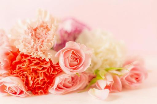 Mother's Day image Pink roses and carnations