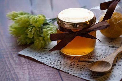 Pure domestic honey