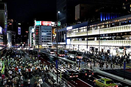 Shinjuku station front weekend night 1