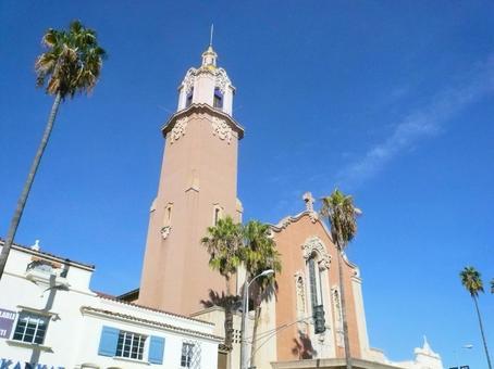 교회와 푸른 하늘