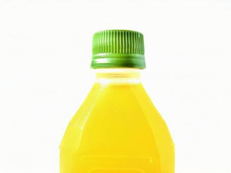 PET bottle up of tea